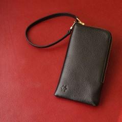 義大利進口縮花山羊皮手機袋(靜謐黑)